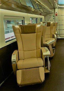 A luxury train to Naples