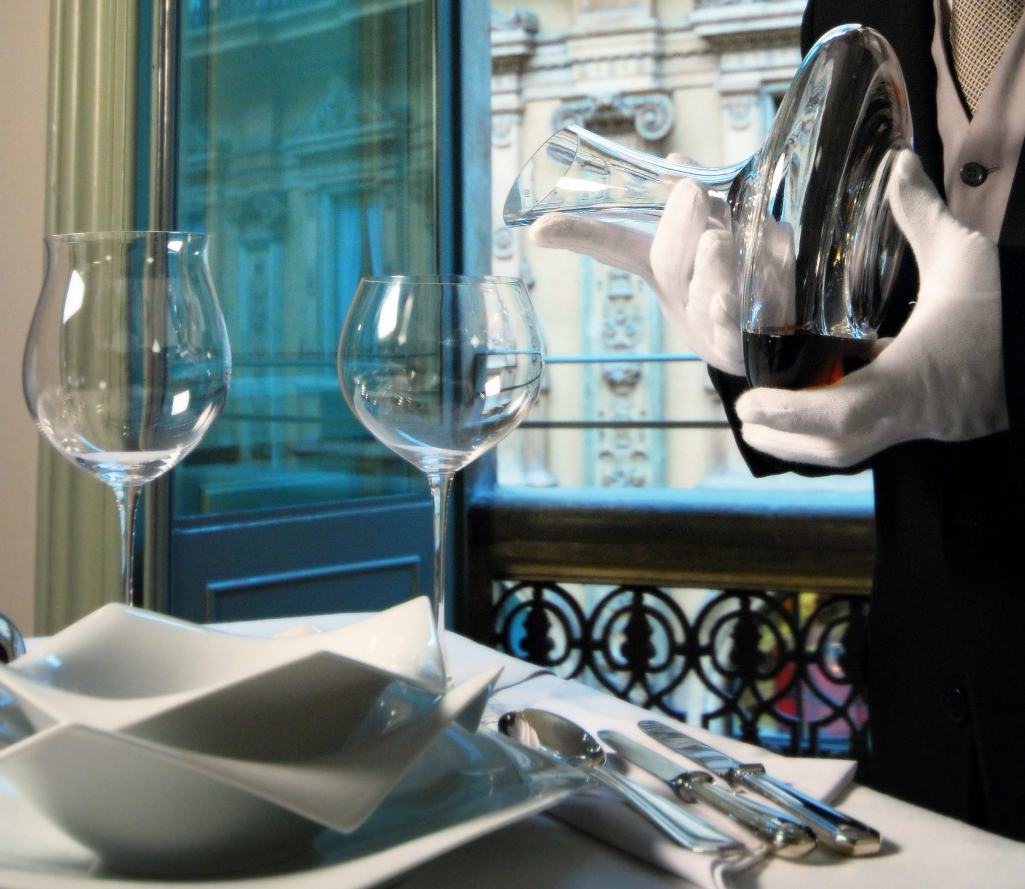 Hotel's butler: be a VIP in your room