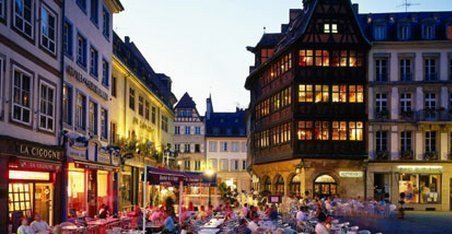 stasbourg428x269 to 468x312 e1536521137995 - Eat and sleep in Strasbourg