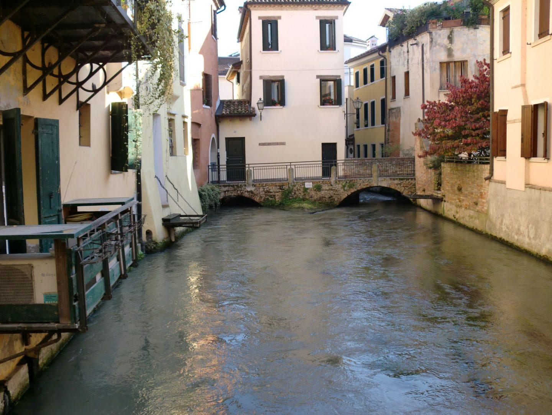 Treviso canale 1440x1080 - Treviso: Italian beauty