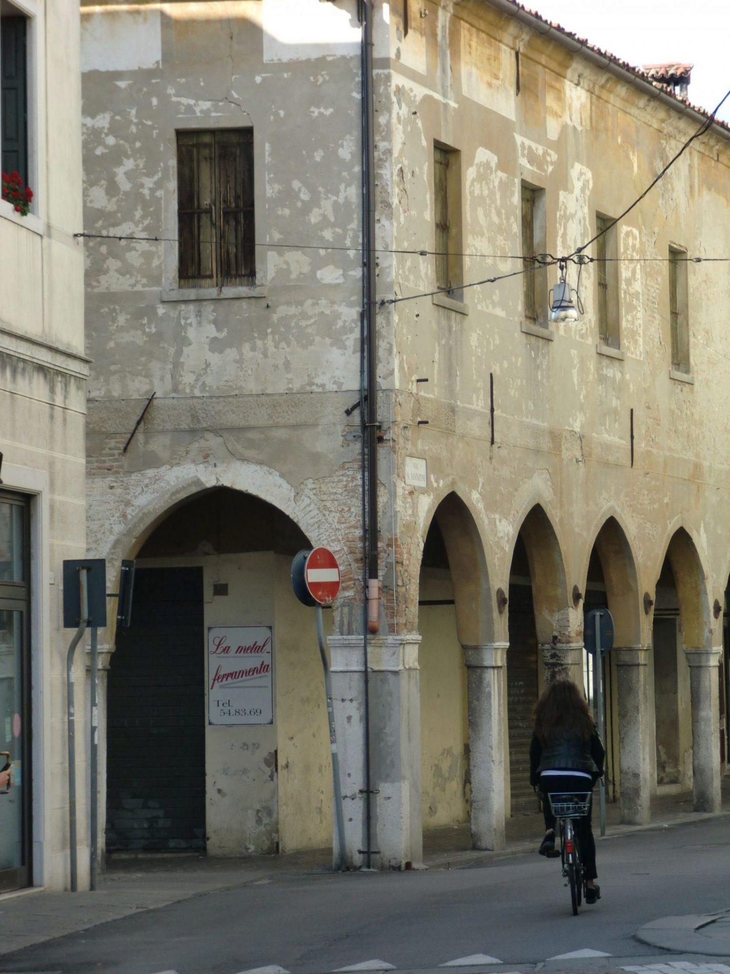 Treviso centro 1 1440x1920 - Treviso: Italian beauty