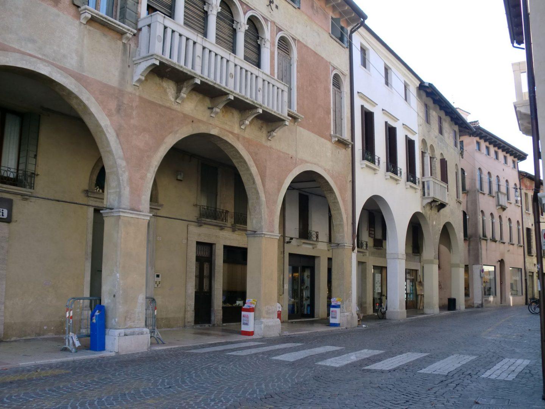 Treviso centro 1440x1080 - Treviso: Italian beauty