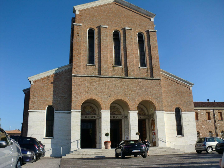 Treviso chiesa 1440x1080 - Treviso: Italian beauty