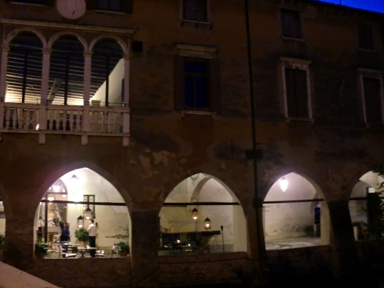 Treviso notte 1 1440x1080 - Treviso: Italian beauty