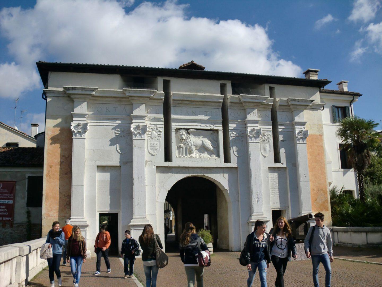 Treviso porta 1440x1080 - Treviso: Italian beauty