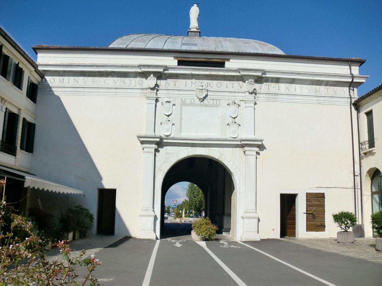 Treviso porta 2 1440x1080 - Treviso: Italian beauty