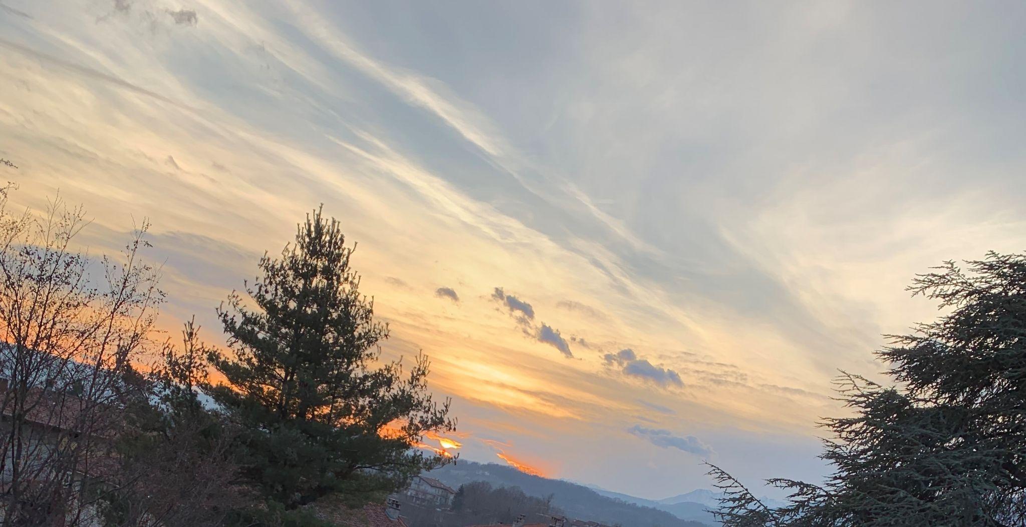 iPhone XR camera sunset