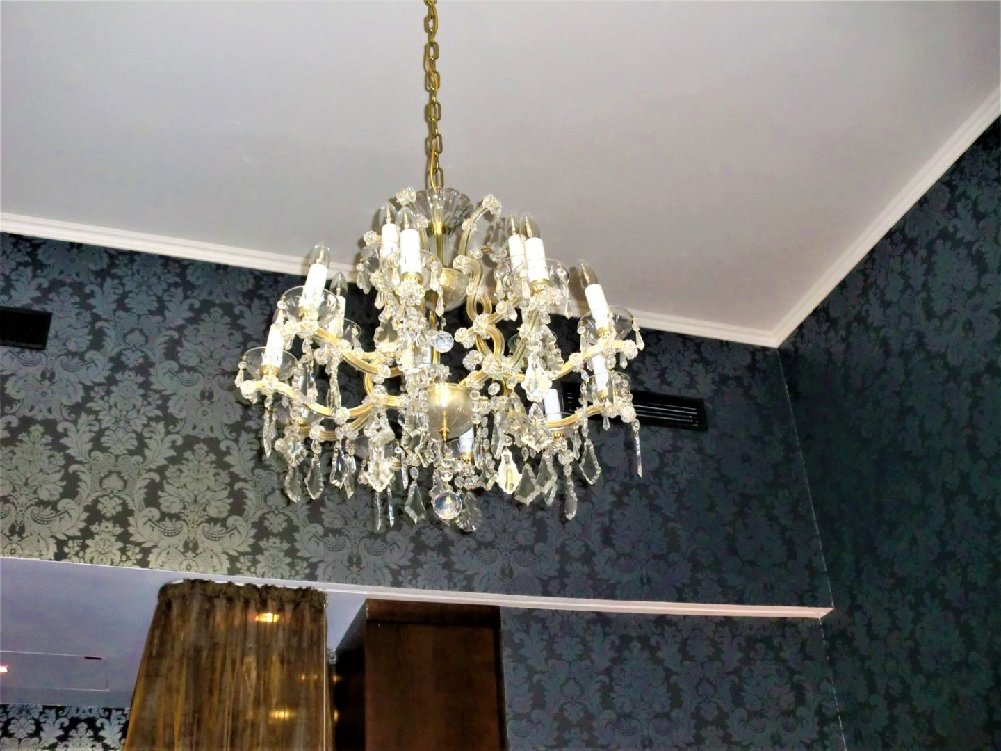 Boutique hotel in Vienna lamp 1440x1080 - Boutique hotel in Vienna: 1 amazing place for your stay