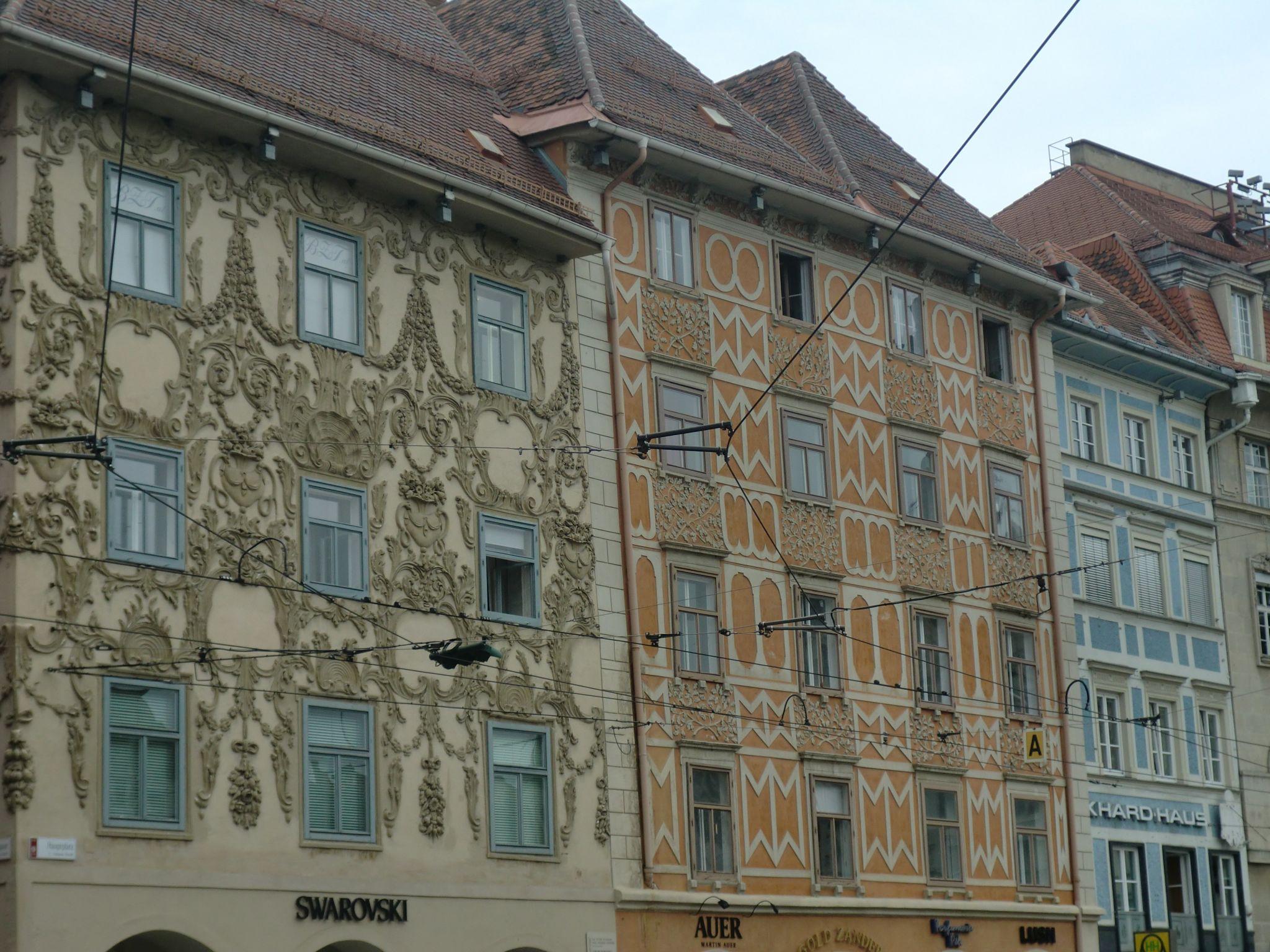 Graz square 8 - Graz: tradition and modernity