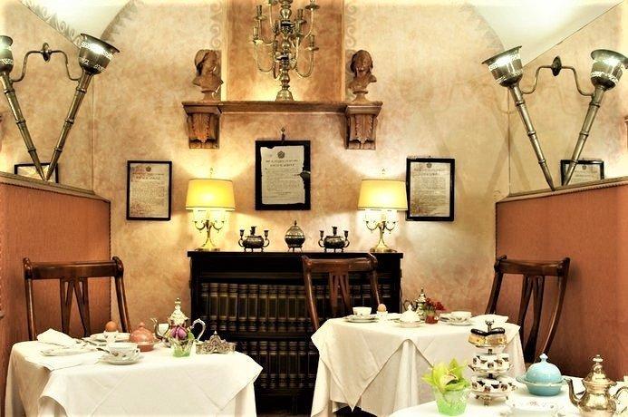 Petit Palais Hotel de Charme breakfast - Petit Palais Hotel de Charme, a luxury stay in Milan