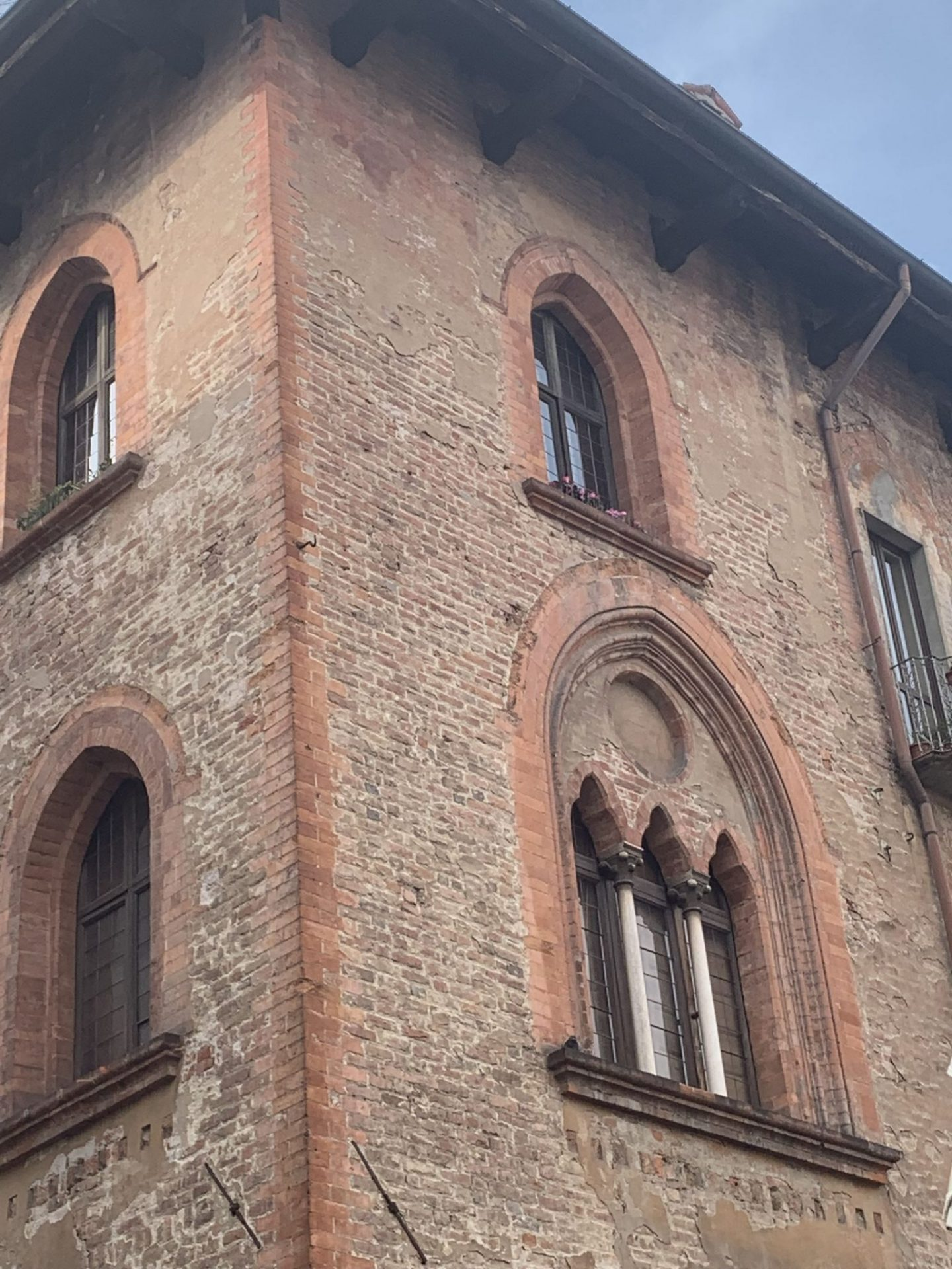 a day in Pavia piazza 3 1440x1920 - A day in Pavia