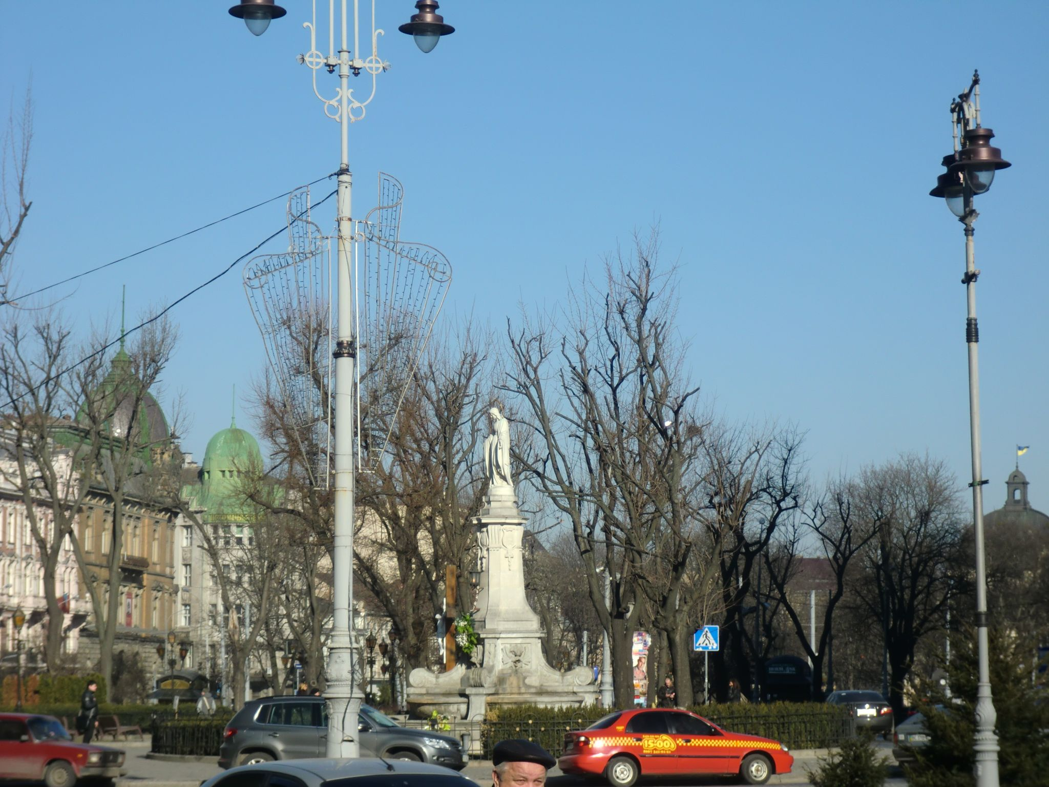 Lviv buildings 5 - Lviv, the Ukrainian pearl