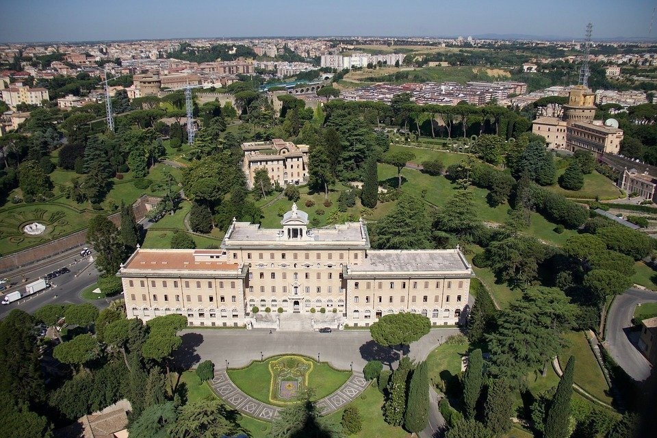 gardens of vatican city - Travel deals to explore the world