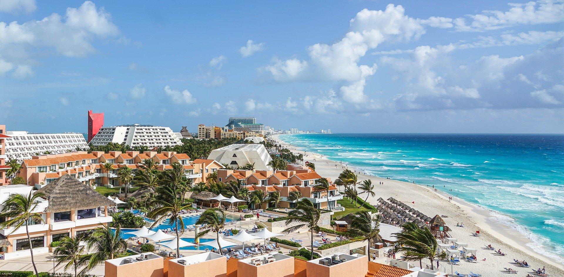 christmas destinations cancun - 28 superb Christmas destinations for your holidays 2019/2020