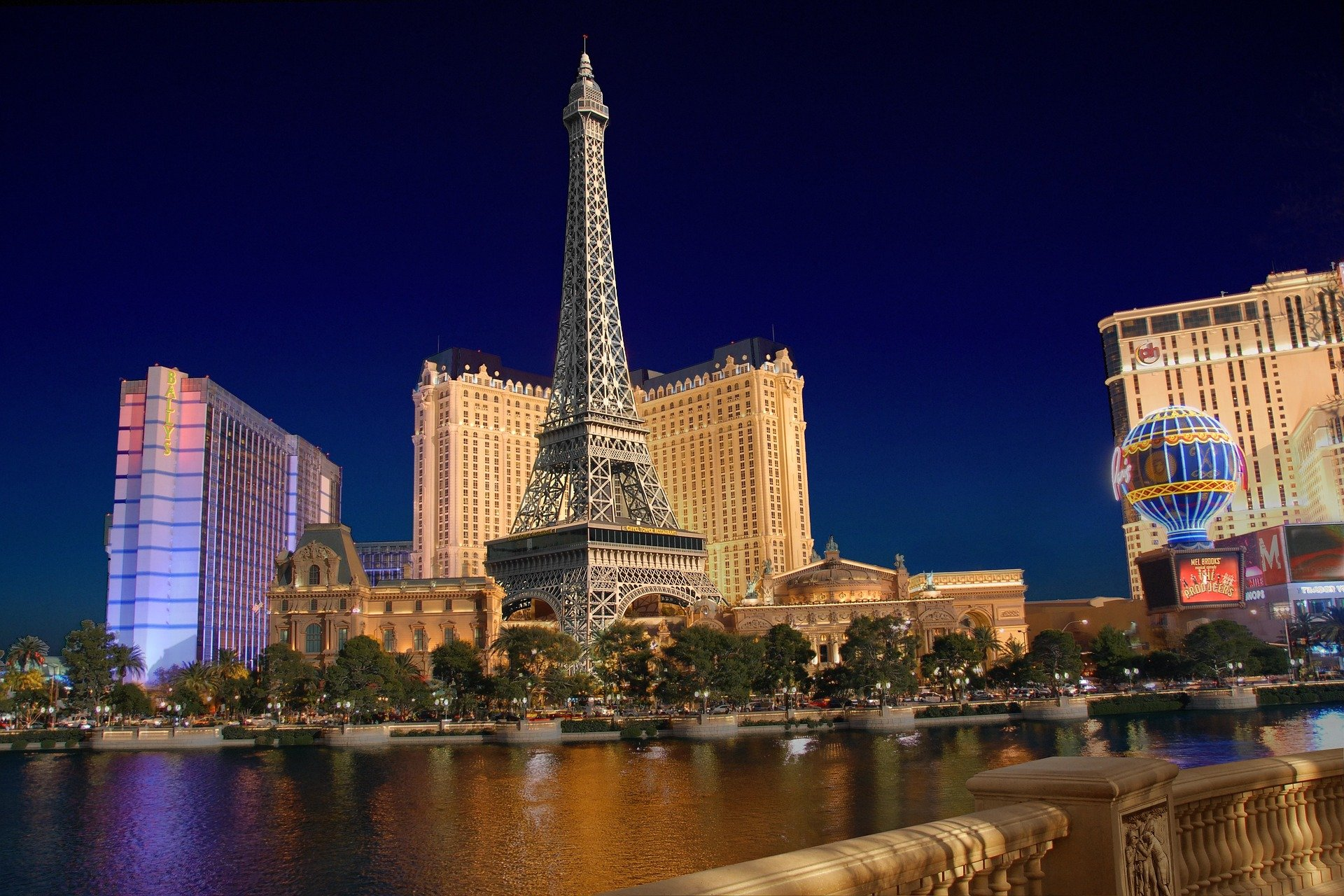 christmas destinations las vegas